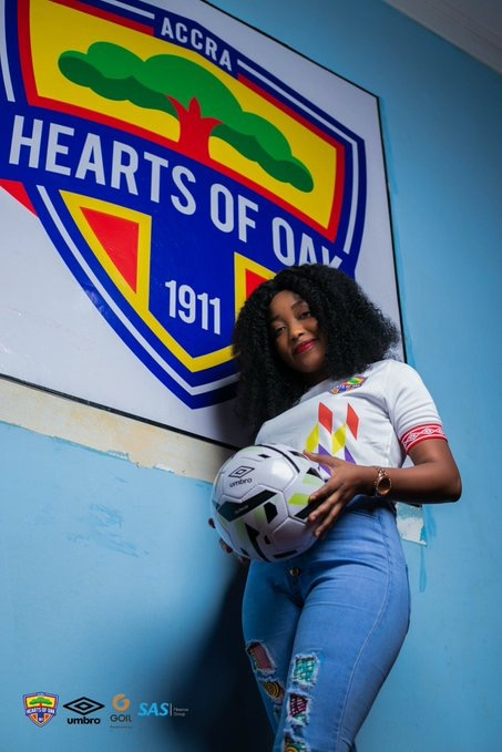 , Photos: Hearts win hearts with beautiful ladies modeling the club's 2019/20 jerseys, GHSPLASH.COM
